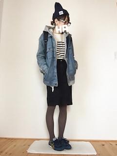 1デニムジャケット・Gジャン×パーカー黒タイトスカート