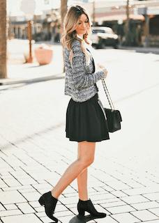 8黒フレアスカート×ツィードカーディガン×ブーティー