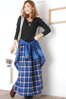 8チェックマキシ丈スカート×デニムシャツ