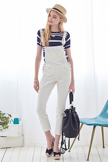 1ボーダーTシャツ×白オーバンオール