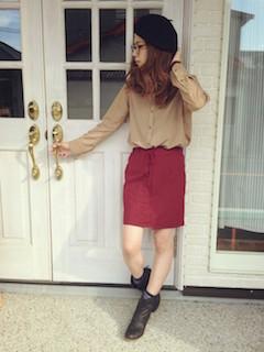 9ストライプシャツ×タイトスカート×ベレー帽子