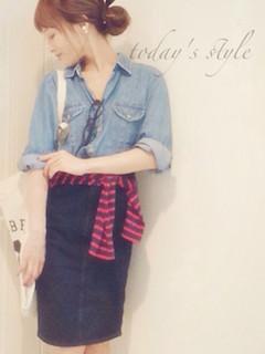 9デニムシャツ×ボーダーTシャツ×デニムスカート