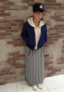 6パーカー×ブルゾン×マキシ丈スカート