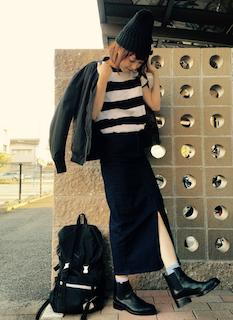 2黒のMA1×ボーダートップス×ロングタイトスカート