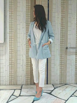 11サマージャケット×白デニムパンツ×白Tシャツ