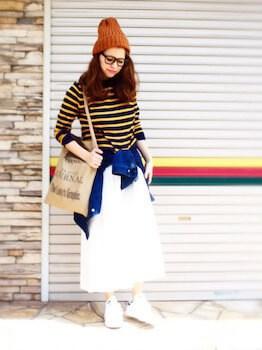 ニット帽×ボーダーTシャツ×ロングスカート