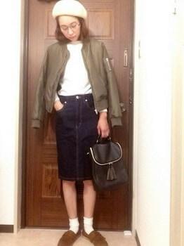 丸メガネ×MA1×デニムタイトスカート