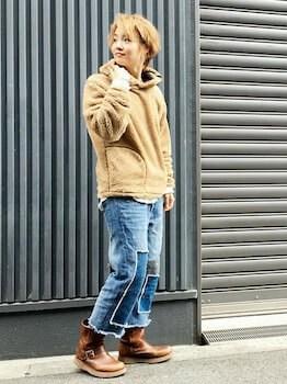 ボアパーカー×デニムワイドパンツ×ブーツ