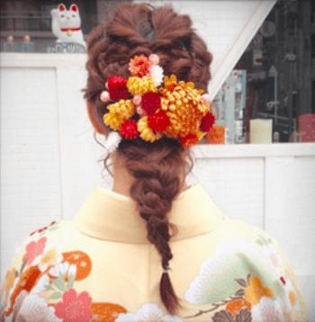 19卒業式で袴に合うフィッシュボーンのセミロングの髪型