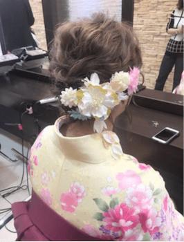 15卒業式で袴に合うふんわりアップのショート・ボブの髪型