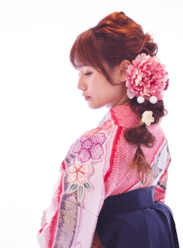 16卒業式で袴に合うタマネギテールのセミロングの髪型