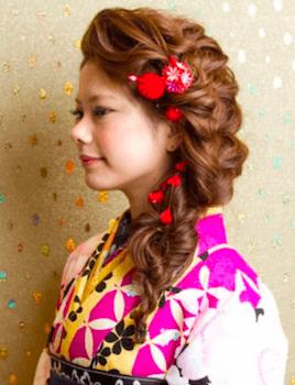 15卒業式で袴に合うサイドフィッシュテールのロングの髪型