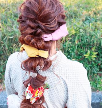 18卒業式で袴に合うフィッシュテールのロングの髪型