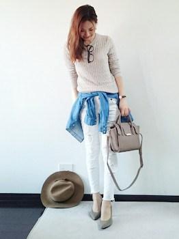 ホワイトデニム×リブニット×デニムシャツ