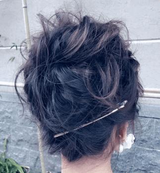 結婚式で人気のミディアムのふんわりアップの髪型