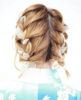 10浴衣に合うレディースのリボン編み込みボブの髪型