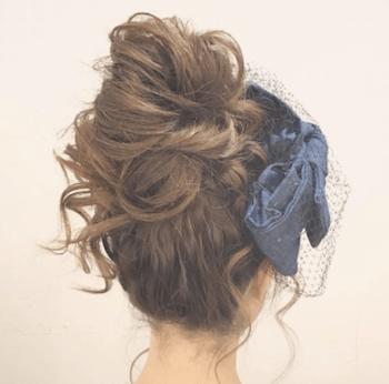 結婚式で人気のロングのクシュふわ団子の髪型