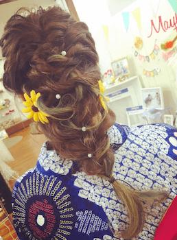 19浴衣に合うレディースのフィッシュテールのロングの髪型