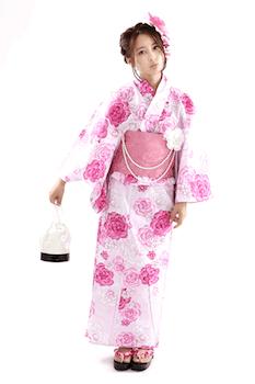 浴衣でレディースに人気の色1:ピンク色の浴衣