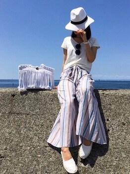18エスパドリーユ×白Tシャツ×ワイドパンツ