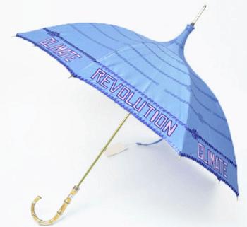 ヴィヴィアンウエストウッドのレディースに人気の日傘