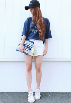 7アビスカラー×Tシャツ×ショートパンツ