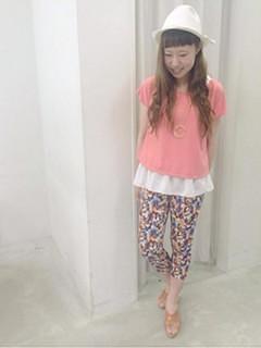 10ピンクTシャツ×柄パンツ