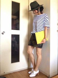 7ボーダーTシャツ×ミニタイトスカート