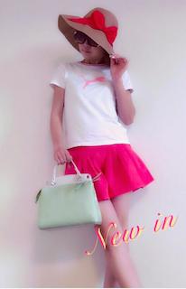 9ピンクのキュロット×白Tシャツ×ハット