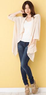 3白のカーディガン×白Tシャツ×デニムレギパン