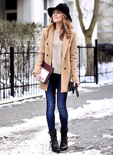Pコートを秋冬に着こなすポイント(カラー)