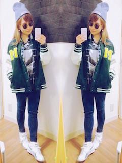 10緑のスタジャン×チェックシャツ×デニムレギパン
