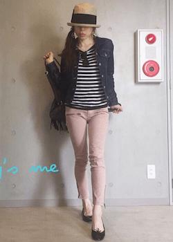 6ピンクのスキニーパンツ×ボーダーTシャツ×デニムジャケット