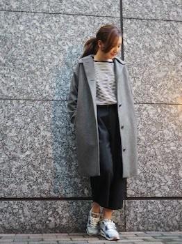 フーデッドコート×ボーダーTシャツ×タイトスカート
