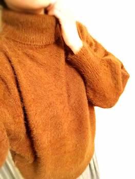 タートルタイプのレディースにおすすめのおしゃれなニット・セーター