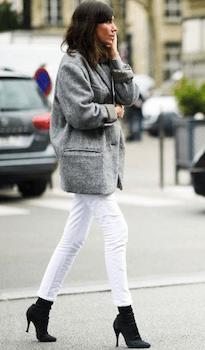 白パンツで下着を透けさせない方法3:濃いタイツを履く