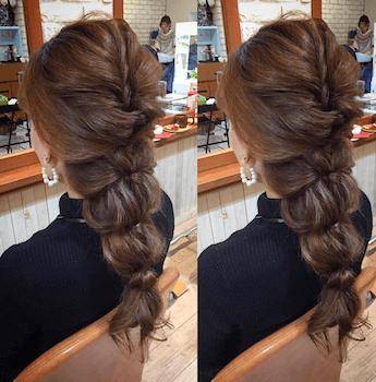ロングのタマネギポニーテールの髪型