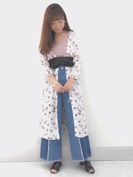 デザインデニム×UネックTシャツ×ロングシャツカーディガン