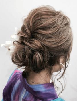 8浴衣に合うレディースのふんわりアップのボブの髪型