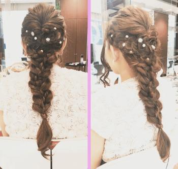 結婚式で人気のロングの小花ピン&フィッシュボーンの髪型