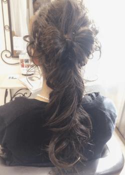 結婚式で人気のロングの地毛リボンテールの髪型