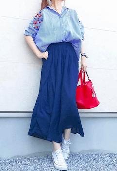 14アビスカラー×ロングスカート×刺繍ブラウス