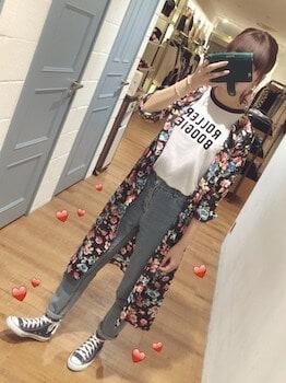 14リンガーTシャツ×シャツカーディガン×デニムパンツ