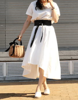 3エスパドリーユ×クルーネックTシャツ×ヘムスカート