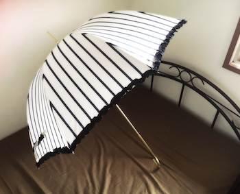 フリル付きのレディースに人気の日傘