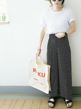 2キャンバストートバッグ×パフ袖Tシャツ×ドット柄スカーチョ
