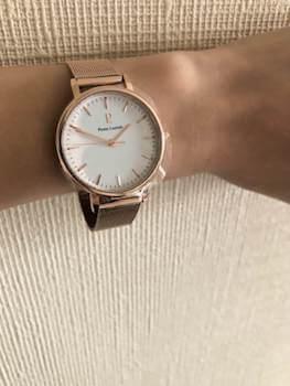 ピエールラニエのスーツに合うレディースに人気の時計