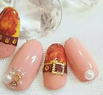 大人に人気のネイルのデザイン(春編)18:べっ甲×ピンク