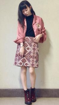 ミニスカート×パジャマシャツのレディースコーデ