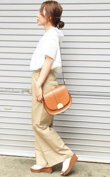 オーバーシャツ×ワイドチノパンのレディースのコーデ(春夏編)